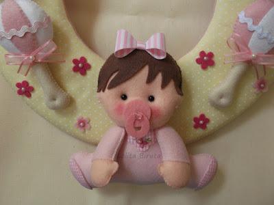 Bebezinho em feltro para decoração