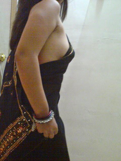 Saree striping photo of girl