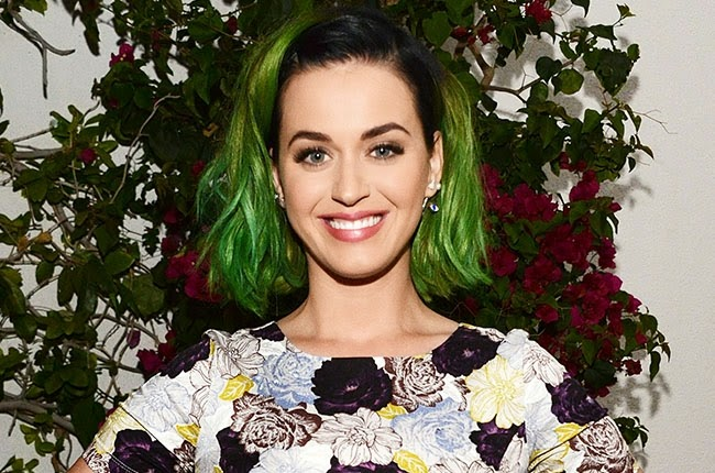 "Katy Perry divulgou Lyric vídeo de ""This Is How We Do"""