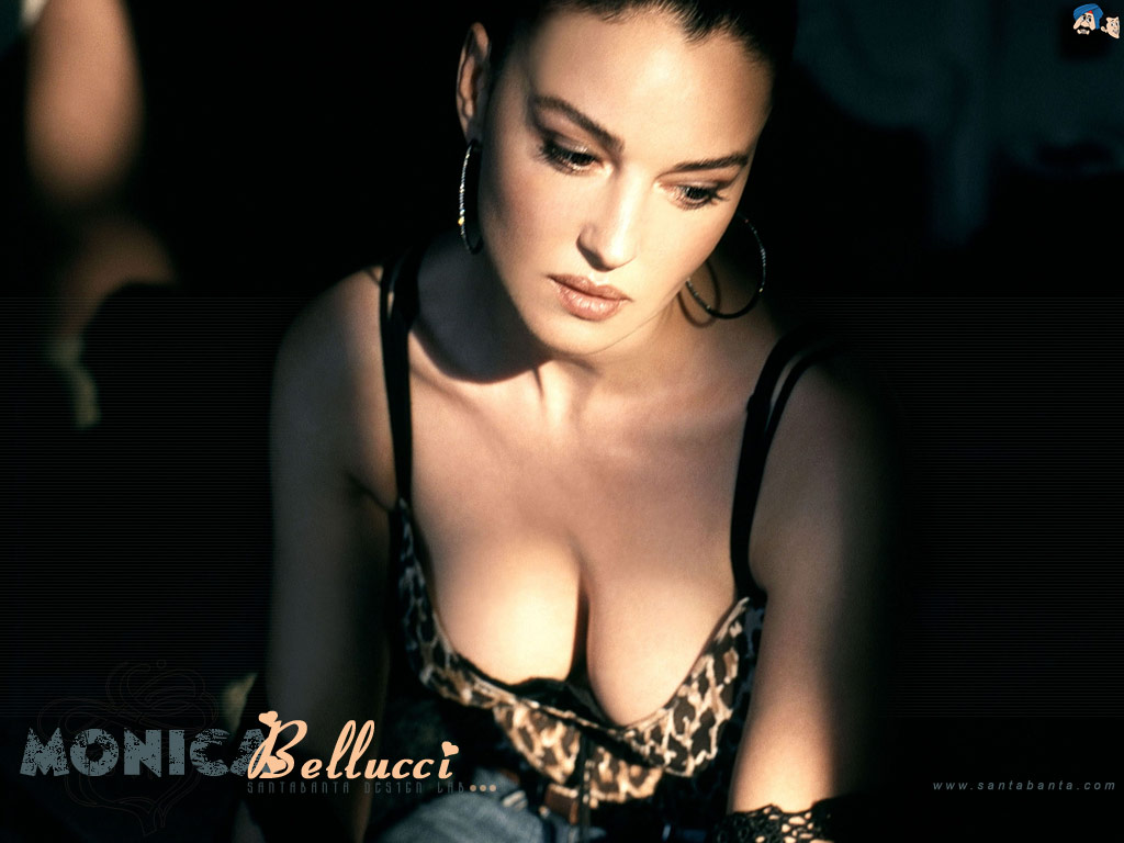 http://4.bp.blogspot.com/-OByU-QmV4CI/TW-i_2E3roI/AAAAAAAAGBI/ak9qPv48OMg/s1600/Monica-Bellucci-jennifer-lamiraqui-natalie-imbruglia-lucy-pinder-Topless-Candids-Beach-nude-sexy-big-boobs-beach-nude-girls-whiteny-port-candids-nude-big-boobs-sex-tape-sexy-7.