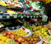 pero en España es nuestra . frutas variadas