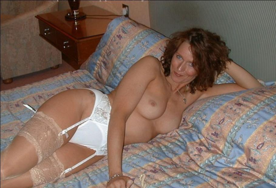 50 plus milf pantyhose