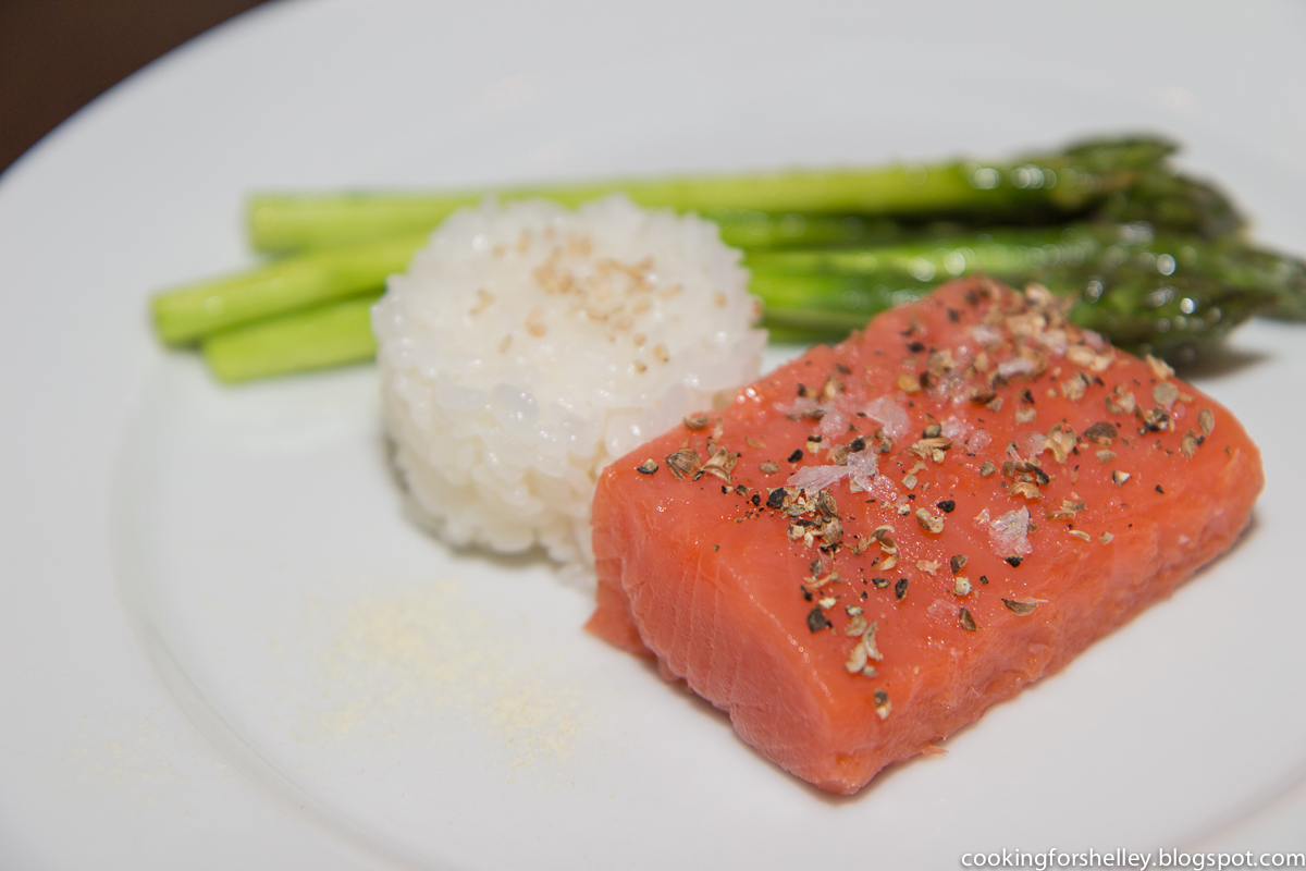 salmon mi cuit, asparagus, & sushi rice | cooking for shelley