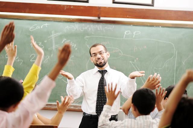 Tip Menjadi Guru Idaman Orang Tua