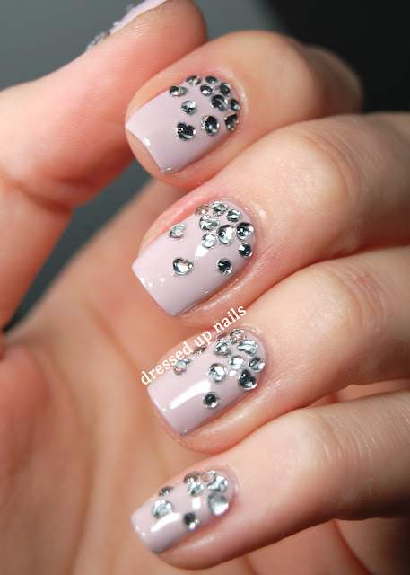 Dressed Up Nails - heart rhinestone gradient nail art