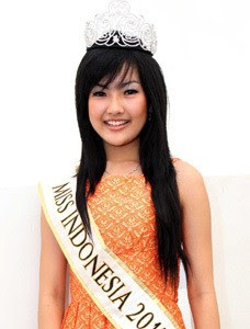 2012: foto astrid ellena miss indonesia 2011