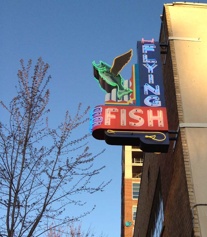 Quiltville 39 s quips snips take a flying fish for Flying fish little rock menu