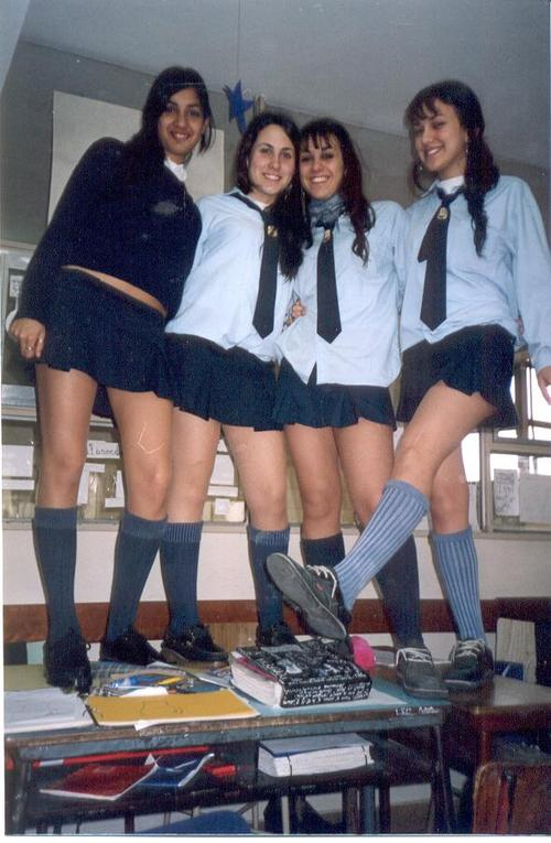 Sexys colegialas fotos caseras