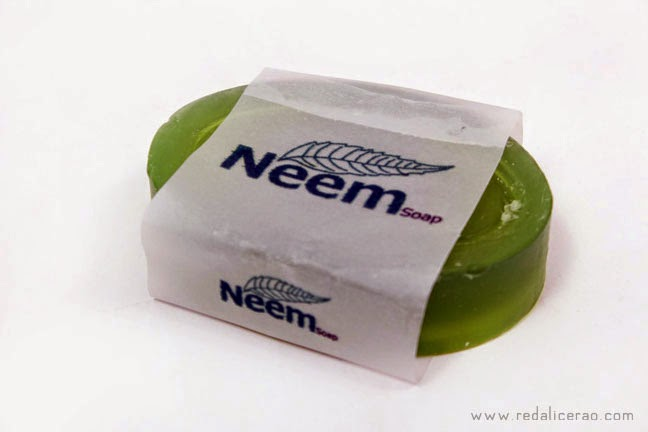 Beauty Benefits of Neem, Neem beauty soap, Organic soap, Nautral Beauty Products, Natural Beauty soap, Neem Soap, Transparent Neem Soap, blogspot, Beautiful skin, Skin care, Neem soap in Pakistan, Top Beauty Blog of Pakistan, Beauty blogger