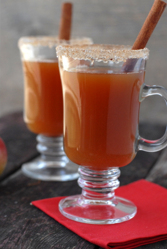 Hot Mulled Apple Cider with Rum! Another idea for a good winter ...