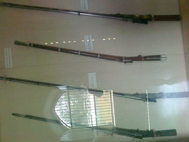 wepons in albert museum