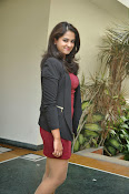 Nanditha raj latest glam pics-thumbnail-4