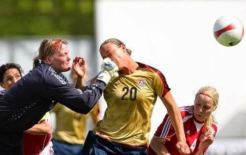 smešne žene u fudbalu