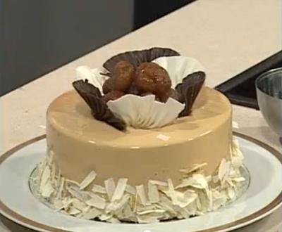 Kestaneli ve Kakaolu Yılbaşı Pastası Nasıl Yapılır - Videolu Tarifi