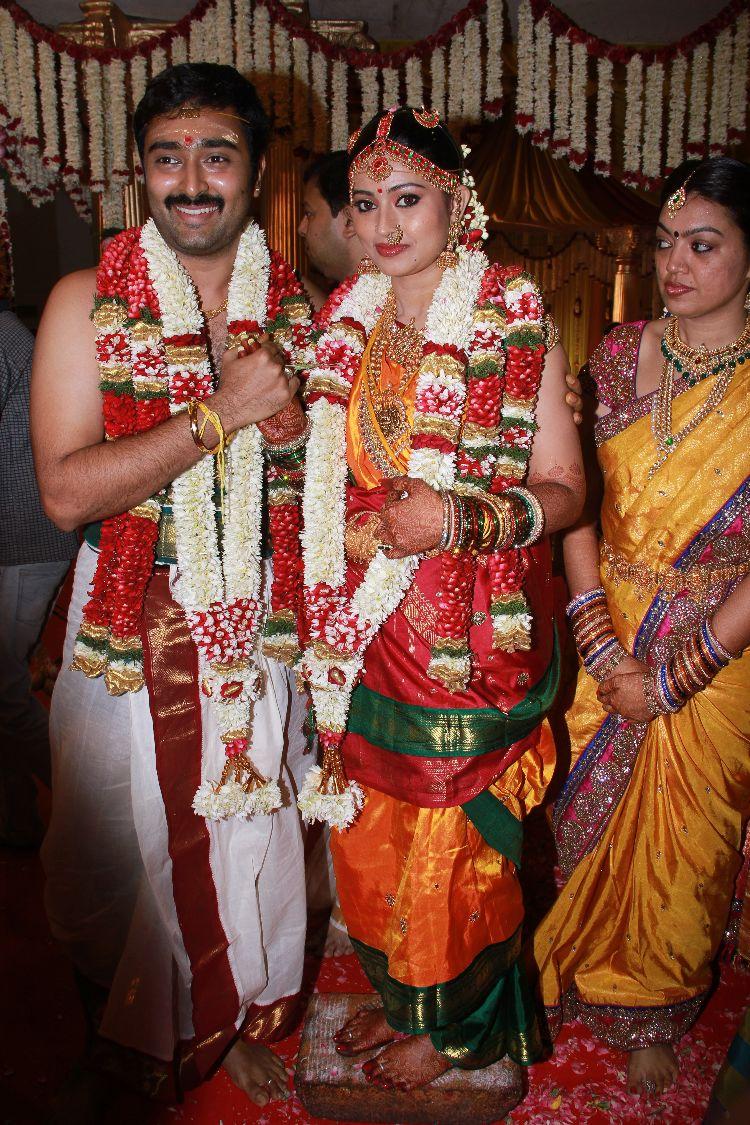 Sneha Prasanna Ties Knot Twice Wedding Photos Marriage