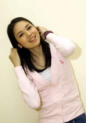 Foto Orang Cantik Laura Basuki