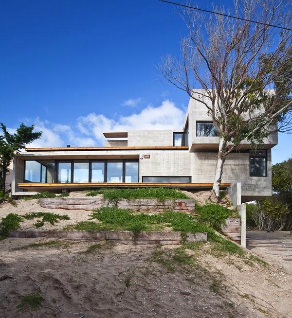 Casa moderna en la costa argentina minimalistas 2015 for Casas minimalistas en argentina