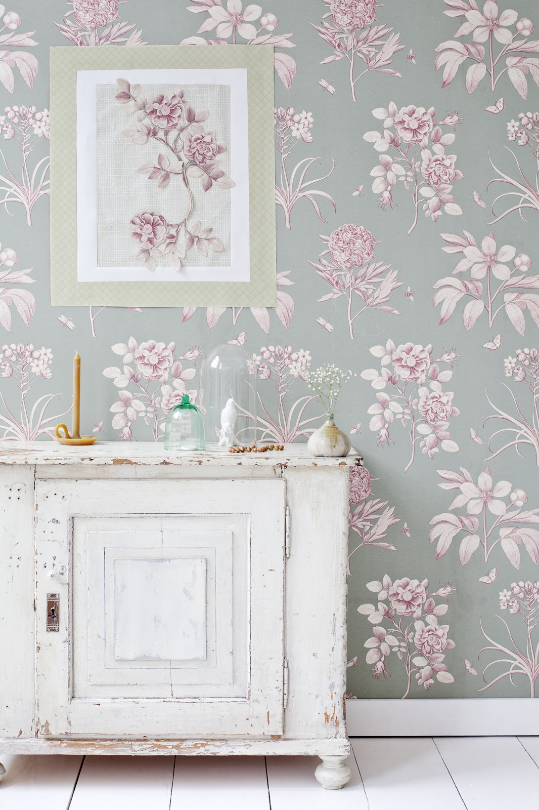 Passion shake 6 pretty diy projects to decorate your wall for Pink and grey bedroom wallpaper