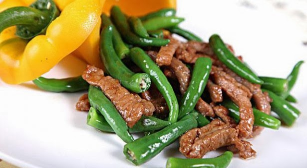 Fragrant Sauteed Hang-pepper Beef