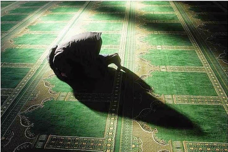 sholat, dp bbm sholat, dp bbm ibadah, sedekah, mesjid, dp bbm sujud, pertolongan Allah