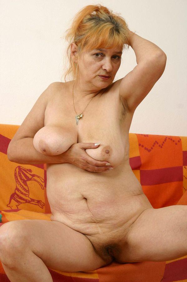 годах в зрелые голые бабушки