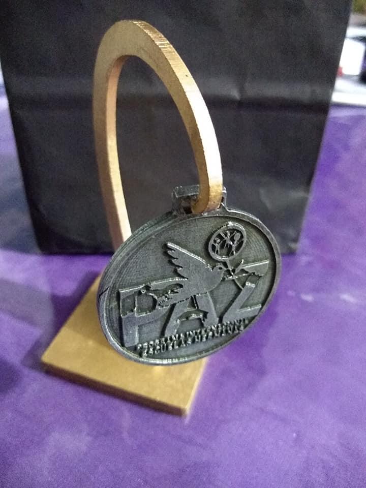 Mirta Praino en 2da Cumbre Internacional de Mujeres por la Paz, recibe Estatuilla Medalla de la Paz