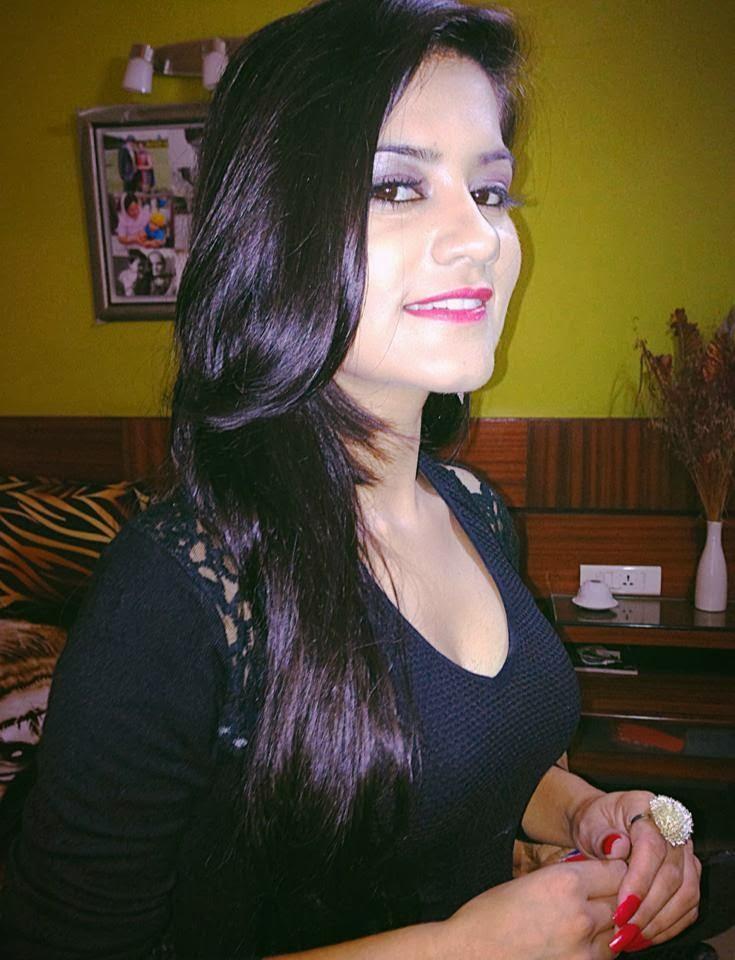 Punjabi Singer Kaur B ...