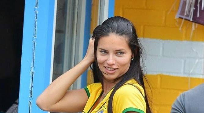 Fans Timnas Brazil Di Piala Dunia 2014 Menjadi Ter-Hots Versi Daily Mail
