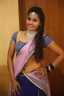 Actress Neetha Sizzling pics in half saree 002.JPG