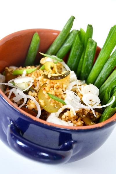 bulgur con zucchine e acciughe