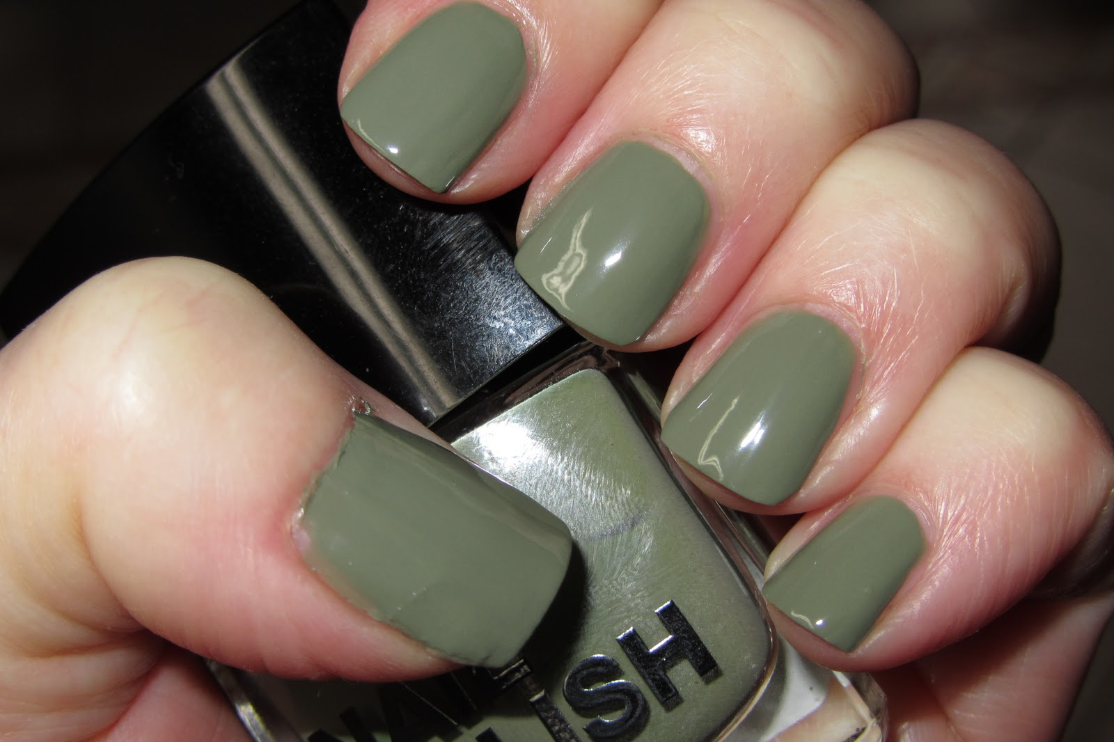 Outstanding Army Green Nail Color Ideas - Nail Art Design Ideas ...
