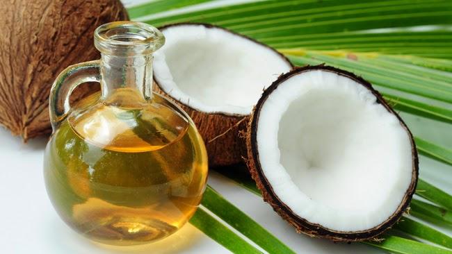 manfaat minyak kelapa untuk kecantikan kulit