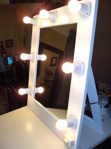 El blog de leticia realiza tu propio tocador - Espejo con bombillas ikea ...