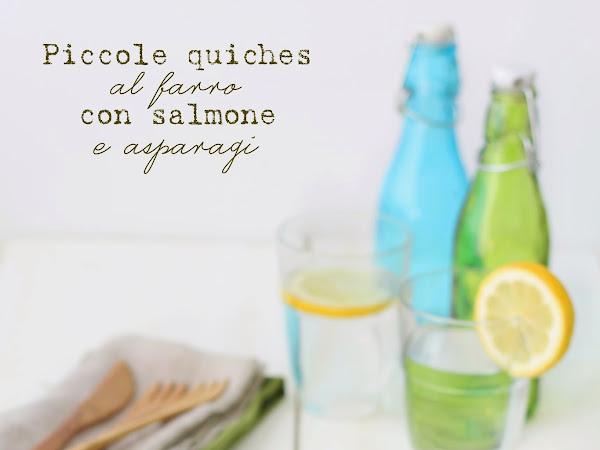 Piccole quiches al farro con salmone e asparagi