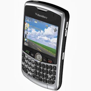 Harga terbaru dan spesifikasi dari BlackBerry Smartfren 8330