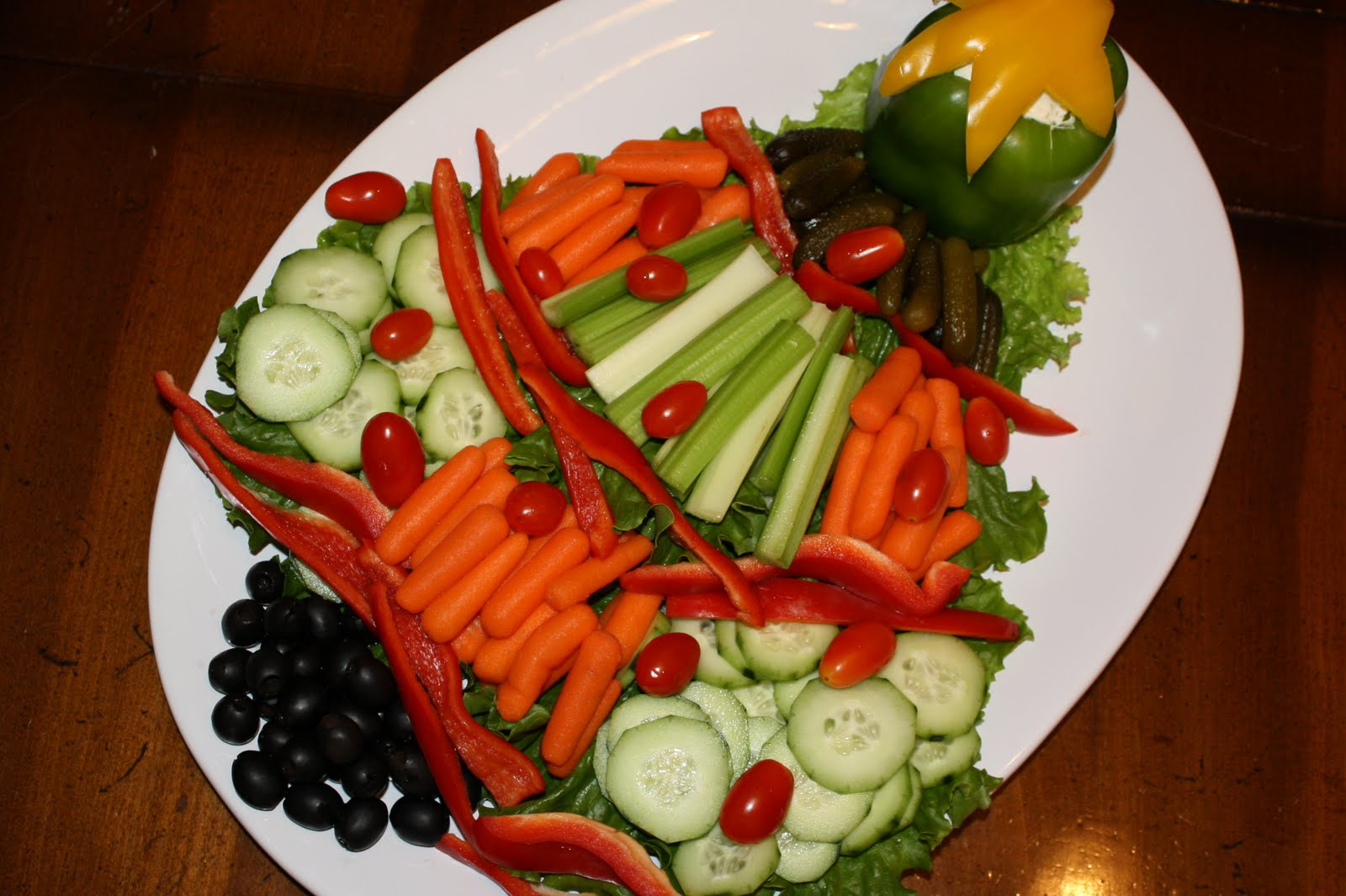 Christmas veggie tray liz on call