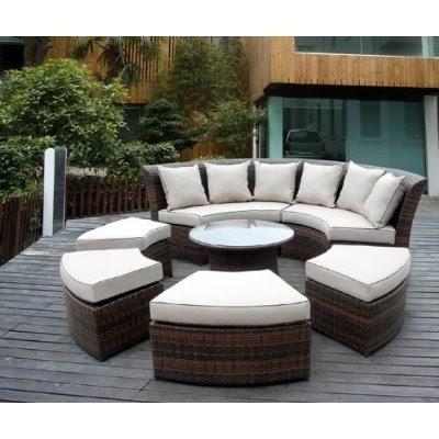 Muebles en circulo para terraza terrazas y jardines for Muebles para terraza y jardin