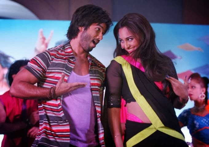 Shahid Kapoor and Sonakshi Sinha nude pics in fim