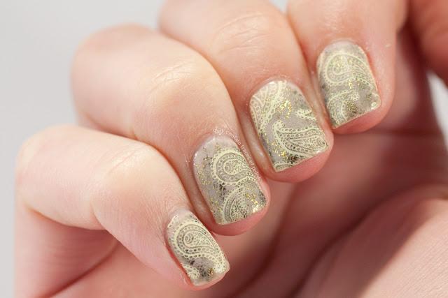 Paisley print nail art discreet print Bundle Monster BM-313