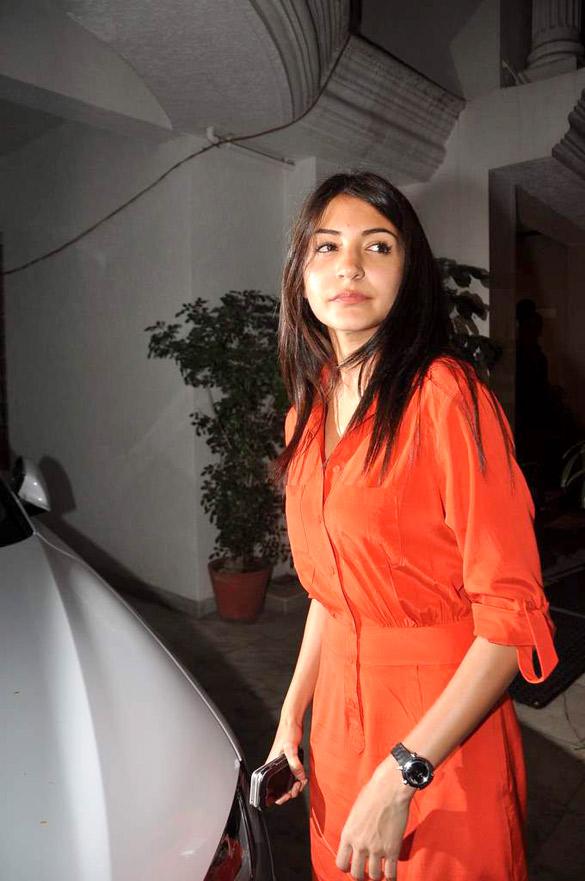 bollywood, tollywood, hot, Anushka, Sharma, at, Ranbir, birthday, bash, 2012