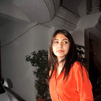 Anushka Sharma at Ranbir birthday bash 2012
