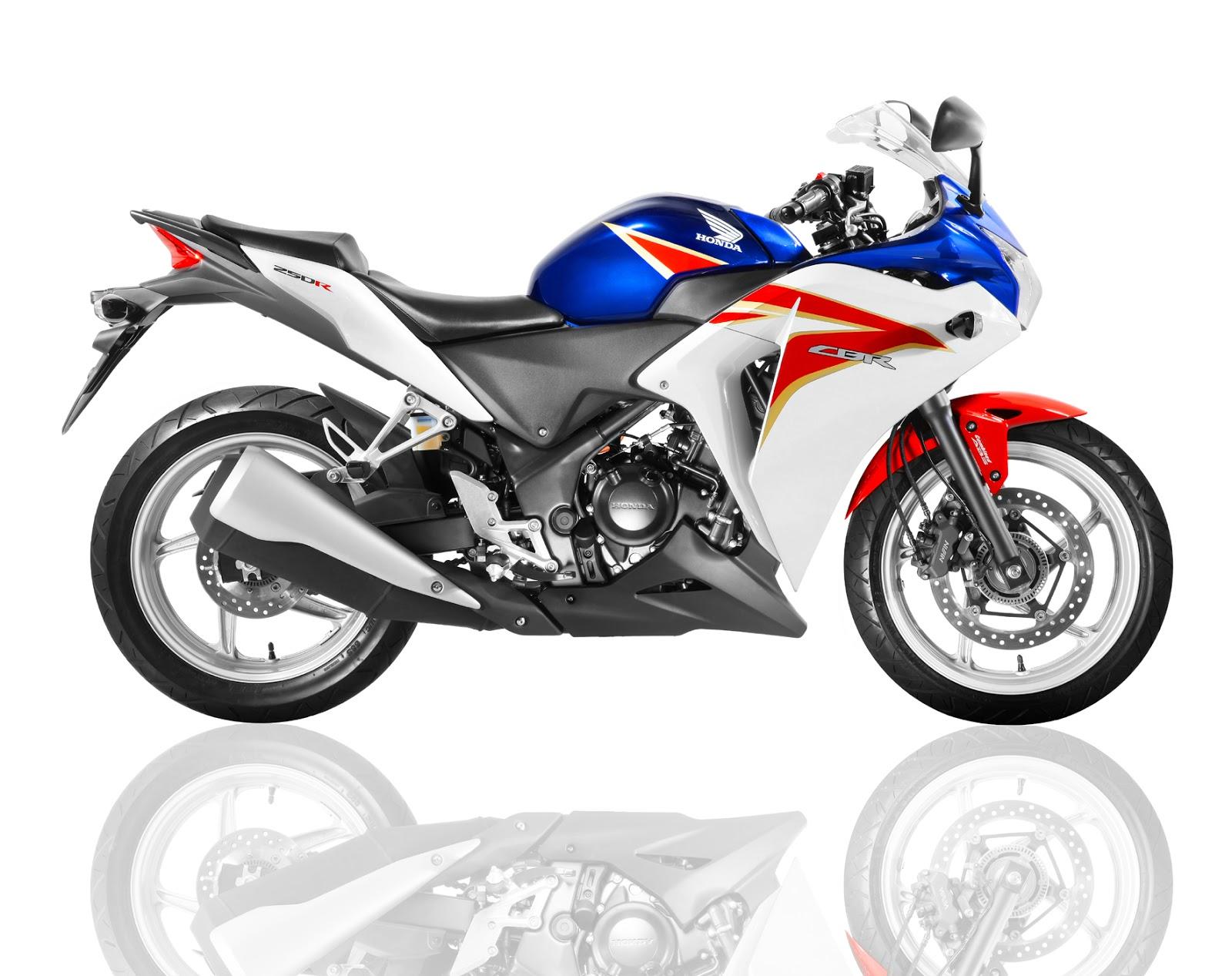 Honda CBR 250R 2012. Foto: Honda