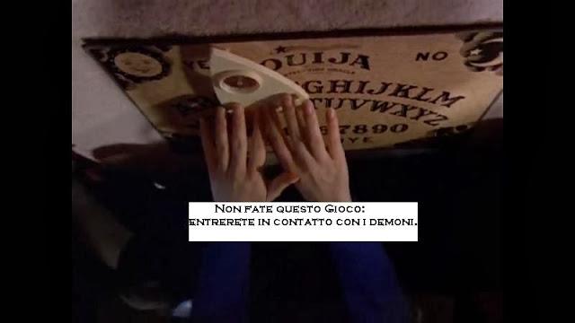 Non usate la tavola ouija e il pendolo con questi due strumenti si entra direttamente in - La tavola di ouija ...