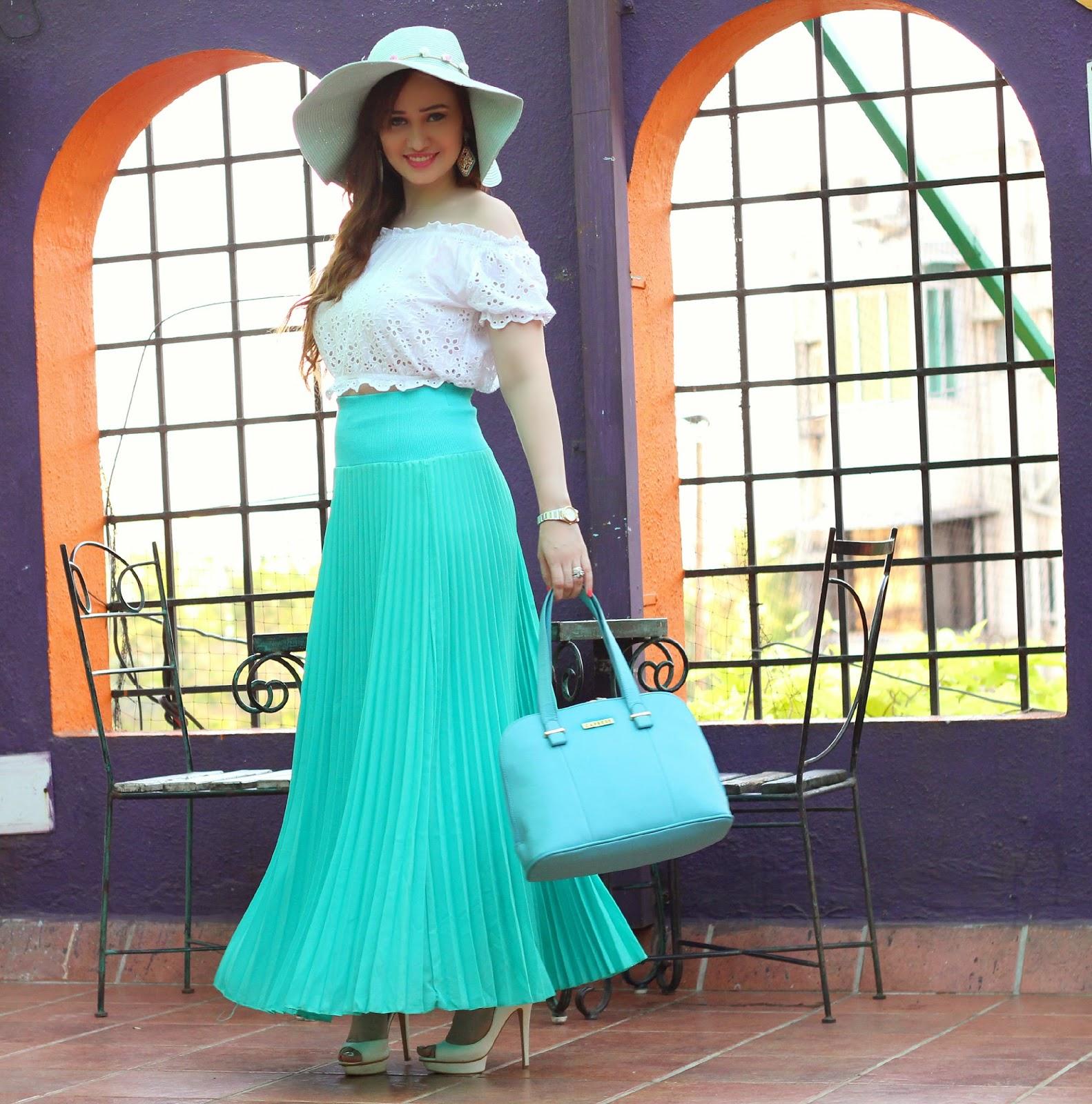 Caprese handbag,Crop Top,Pleated Maxi Skirt