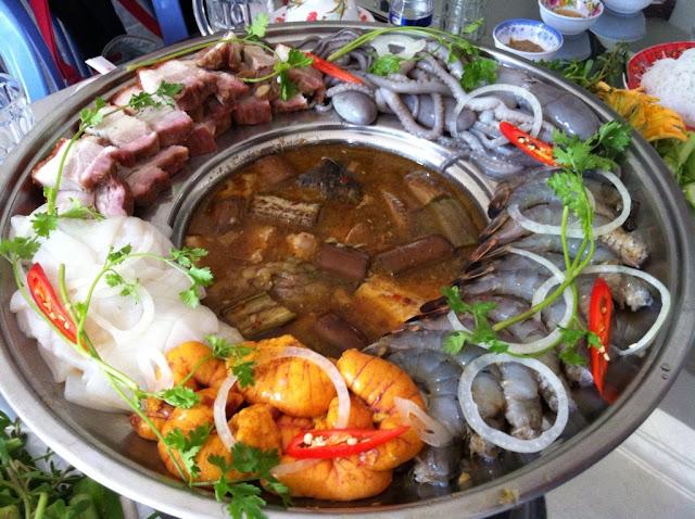 Các quán lẩu đắt khách tại Hà Nội