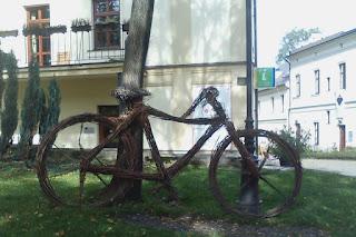 rower z wikliny w plenerze - Cieszyn