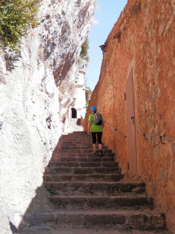 Esgarrapacrestes santuari de montgrony forat de sant ou for 11 marine terrace santa monica