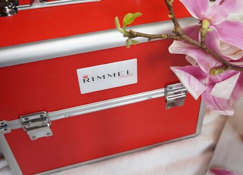 Tajemniczy kuferek Rimmel