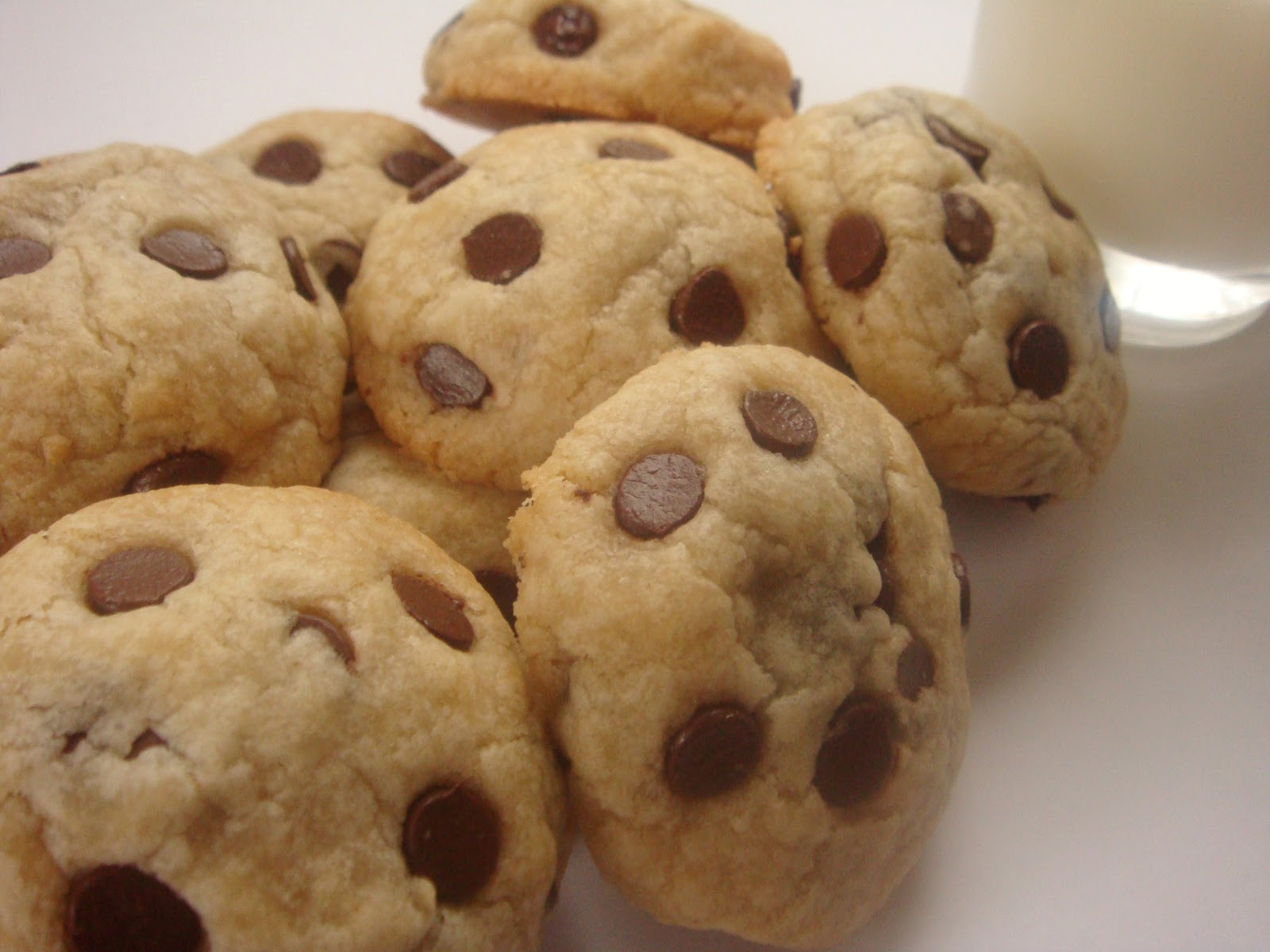 eggless chocolate chip cookie dough