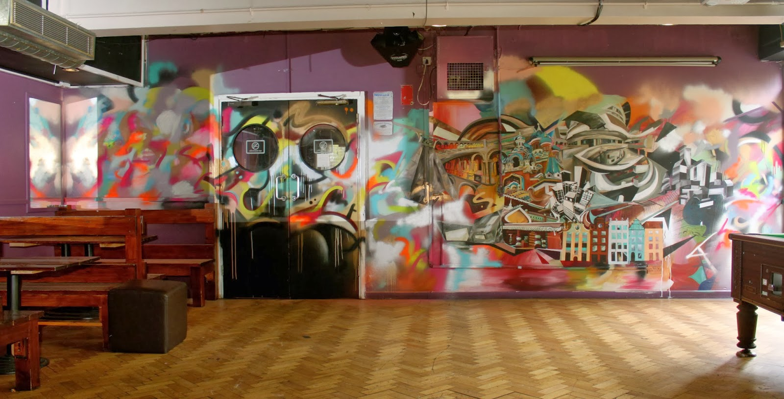 j a z z s t a n undercroft bar murals. Black Bedroom Furniture Sets. Home Design Ideas